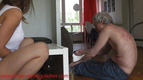 Soft_Brown_Shit_For_The_Toilet_Slave_-_Princess_Nikki.mp4.00003.jpg