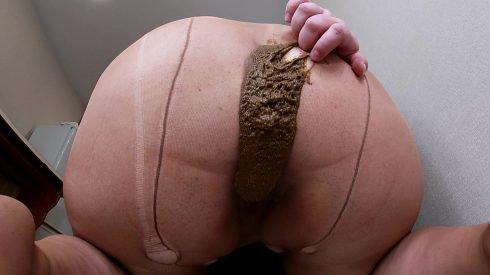 Bonya - Fart And Shit In Nylon Pantyhose 00003